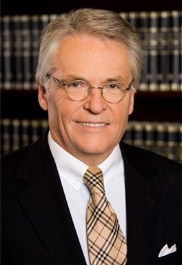 Dr. Harald Janzen – Fachanwalt für Steuerrecht und Notar a.D.
