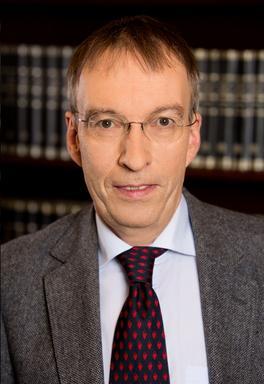 Martin Döll - Rechtsanwalt und Notar in Wiesbaden