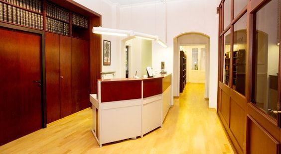 Empfangsbereich der Kanzlei Ober Janzen & Partner in Wiesbaden